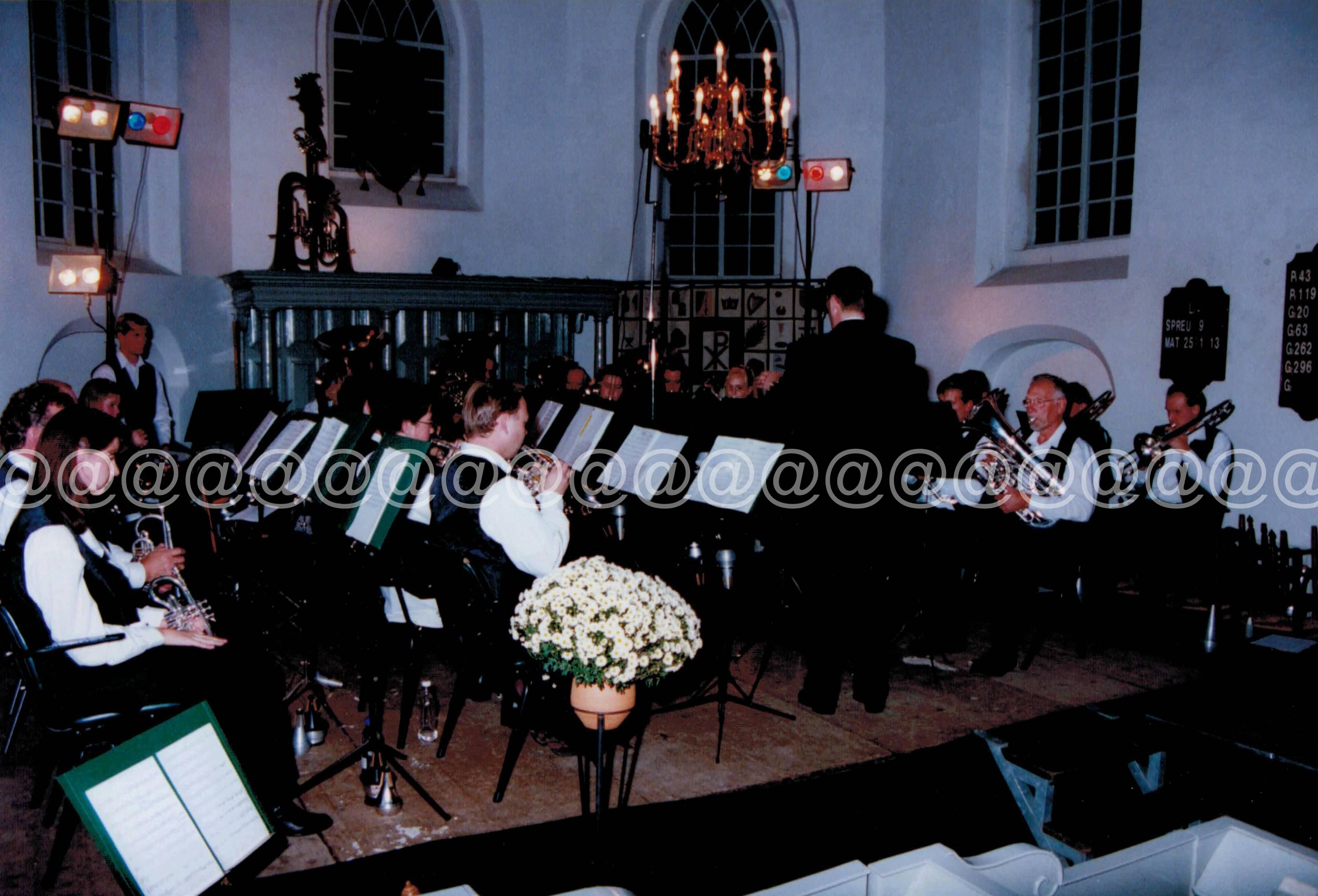 1999 Blaast de Bazuin Oudwoude Jubileumconcert